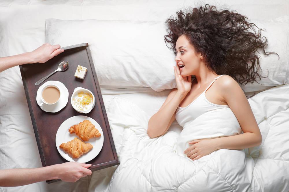 Desayuno en la cama, ¿tienes un plan mejor para el domingo?